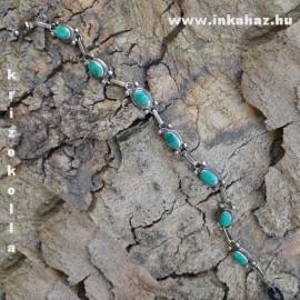 Ovális kövekkel díszített ezüst karkötő